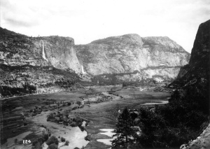 Hetch Hetchy Valley in the early 1900s. Image: Wikipedia Commons